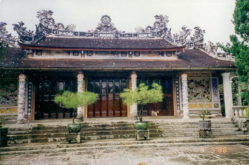 Hue & Saigon Trip Ba Tan Thai Linh 95 03.jpg