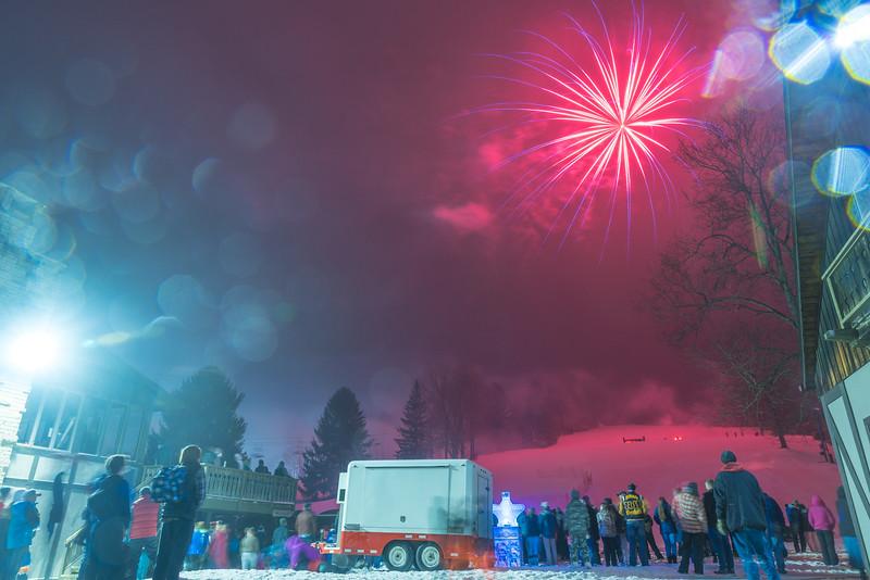 Mid-Season-Party_2017_Snow-Trails-0211.jpg