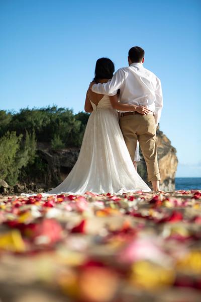 kauai wedding on shipwrecks-12.jpg