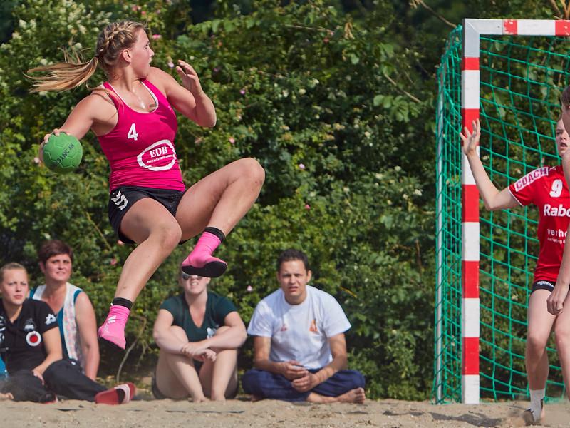 Molecaten NK Beach Handball 2015 dag 2 img 047.jpg