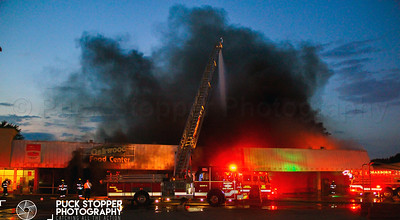 2 Alarm Building Fire - 3610 Oakwood Blvd, Melvindale, MI - 7/4/18