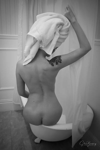 Tub & Towel (B&W)