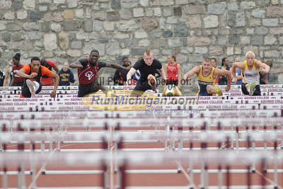 Hurdle Prelims - 2012 MHSAA LP D2 T&F Finals