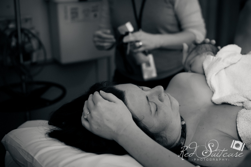 Alana, Blair and baby Logan BIRTH-211.jpg
