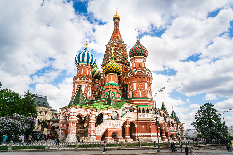 Saint-Basil-Cathedral-Red-Square-Moscow.jpg
