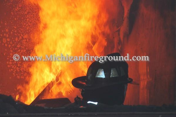 10/27/16 - Charlotte live burn training exercise, 5083 Mulliken Rd