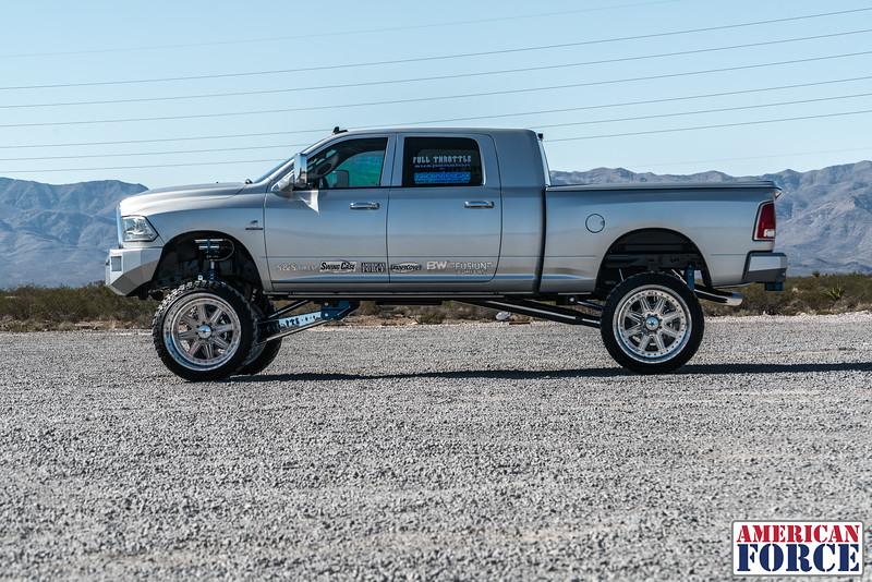Ridin'-High-Silver-Dodge-Ram-161105-DSC02863-67.jpg