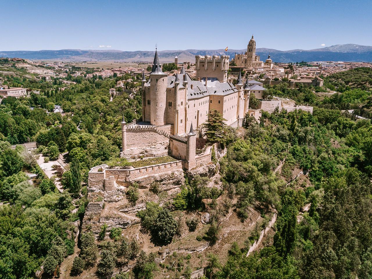 城堡 教堂 水道橋 西班牙賽哥維亞 by 旅行攝影師張威廉 Wilhelm Chang