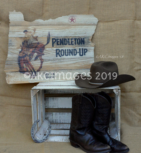 ** Made Exclusively for The Pendleton Round-Up ® By Amielya Kaenne Creations ** 'Direct-to-Wood'™ Custom Logo Prints By Amielya Kaenne Creations ** 2018 Introducing Our Exclusive, 'Art of the State'™ Custom Pendleton Round-Up™ Logo Prints by Am