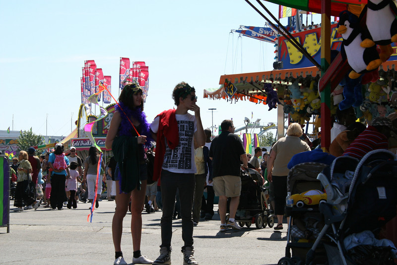 Making the Midway Scene