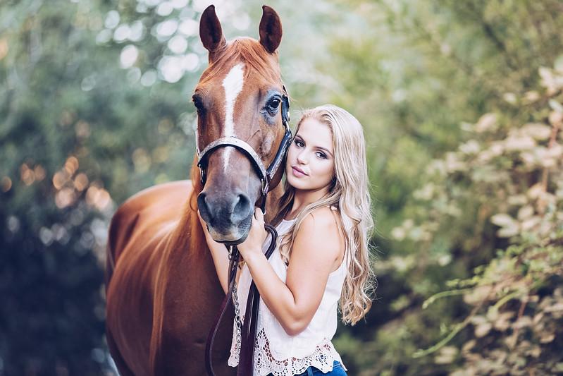 lisa-vandyke-emily-loomis-horse-2.jpg