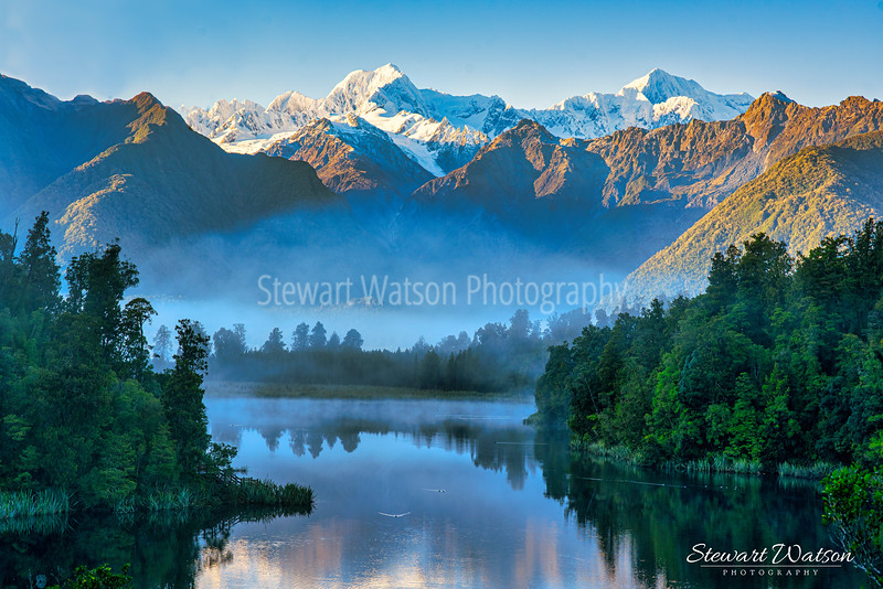 Lake Matheson in the early morning