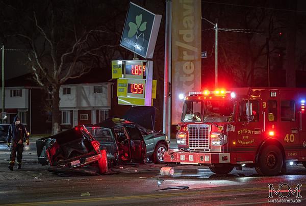 Detroit MI, Single Vehicle Accident 12-13-2020