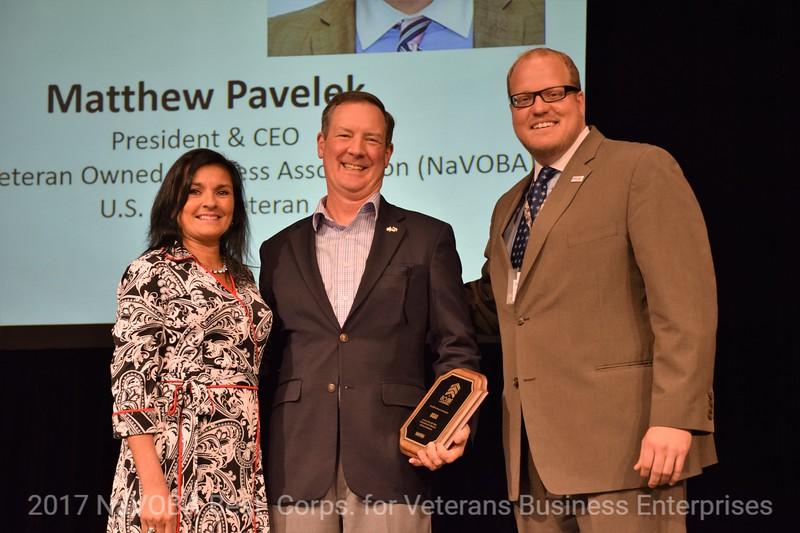 2017 NaVOBA Vets Business Lunch Awards  (12).JPG