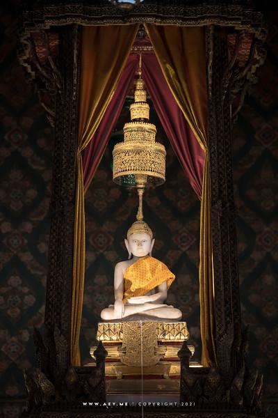 Phra Buddha Thewa Wirat (The White Buddha), Wat Thepthidaram