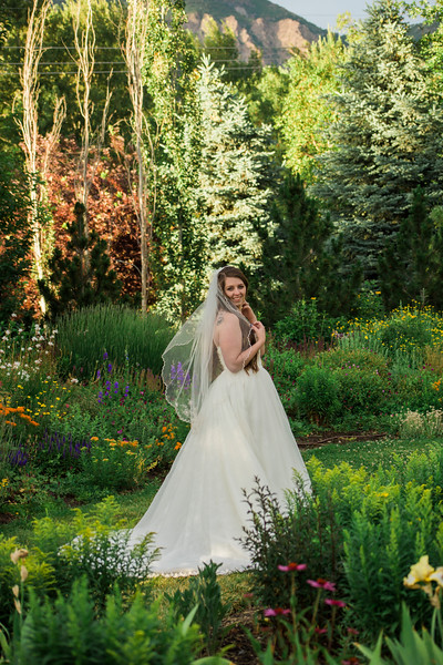 abbie-oliver-bridals-8.jpg