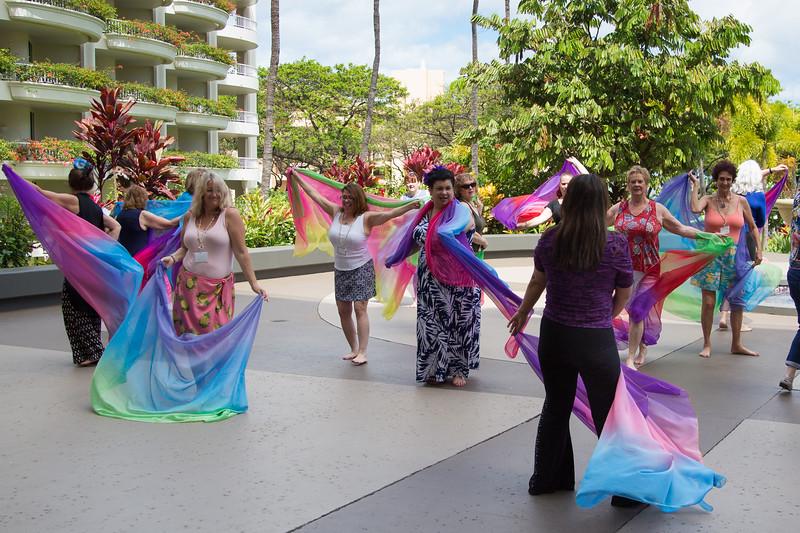 Maui-Caterina-Moneeka-VeilDancing-056.jpg