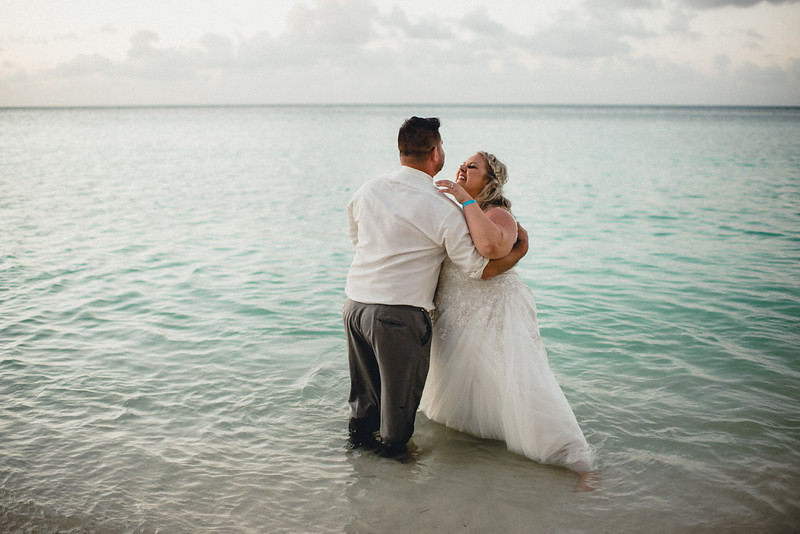 Requiem Images - Aruba Riu Palace Caribbean - Luxury Destination Wedding Photographer - Day after - Megan Aaron -14.jpg