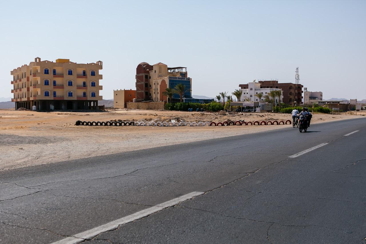 Egipt; Krajobraz; Safari; pustynia; Specyficzna architektura, szpital