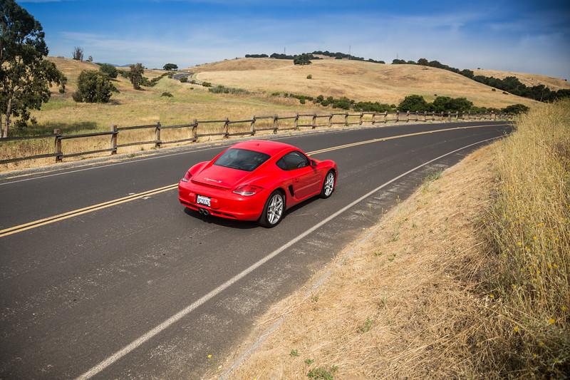 Porsche_CaymanS_Red_8CYA752-3109.jpg