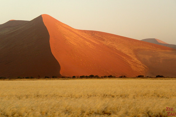 Sunrise at Sossusvlei, Namibia photo 2
