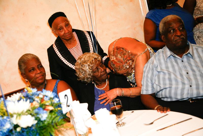 Edouard Family Reunion-3576.jpg