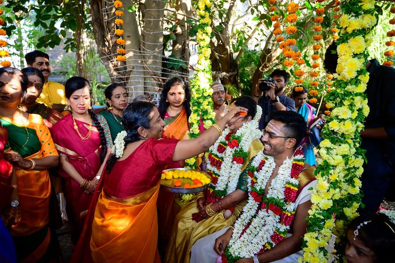 2019-12-Ganesh+Supriya-5534.jpg