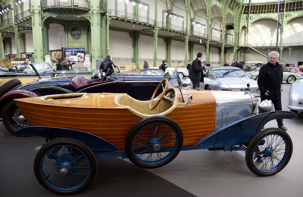 . An Amilcar Type 4C Skiff (1922) is pictured as luxury vintages cars are displayed at an auction at the Grand Palais on February 6, 2013 in Paris. 125 vintage motor cars, 100 collection motorbikes and a 1920\'s Gipsy Moth plane by De Havilland, will be presented at the Bonhams auction on February 7.  BERTRAND GUAY/AFP/Getty Images