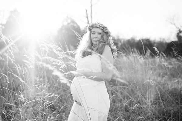 Danielle Maternity BW