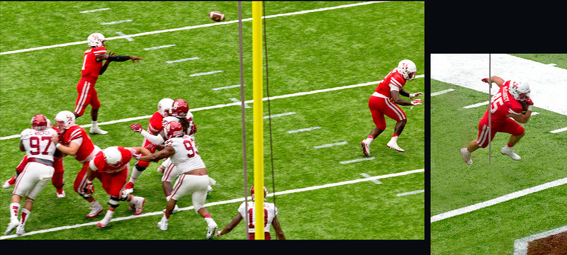 Ward connects with McCloskey for another UH touchdown.