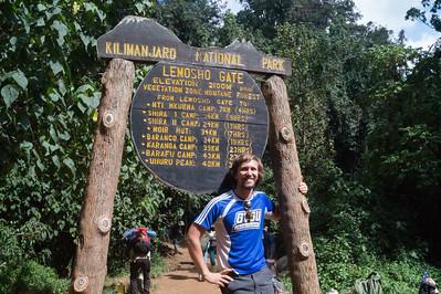 Mount Kilimanjaro, Day 1: Mti Mkubwa (2700m)