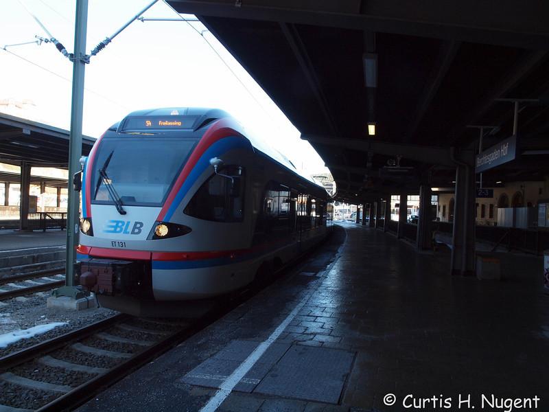 PC122684.jpg