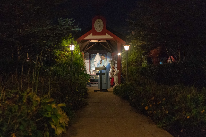 20190926_God_at_the_Grotto_03.jpg