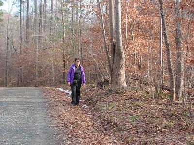 2010-12-31 Dorothy Graham and Alison in Duke Forest