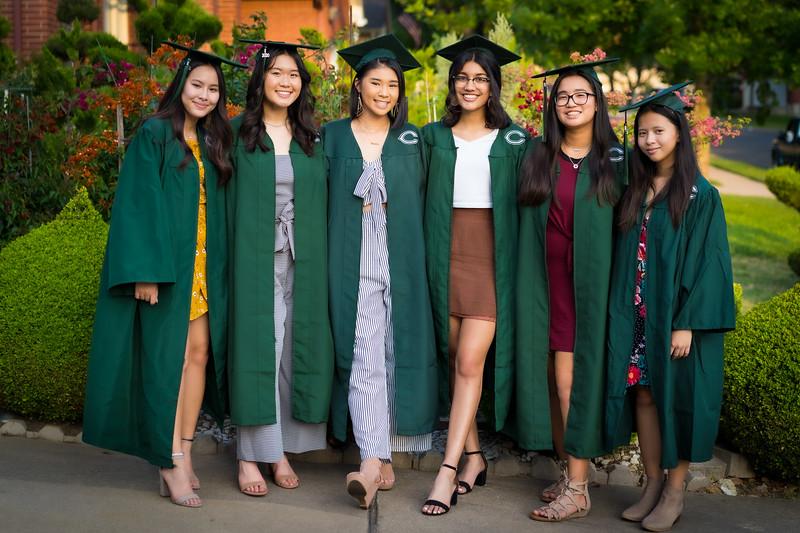 20200521_sarah-friends-connally-graduation_062-2.jpg