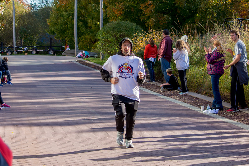 turkey trot 2019 set 3 (131 of 161).jpg