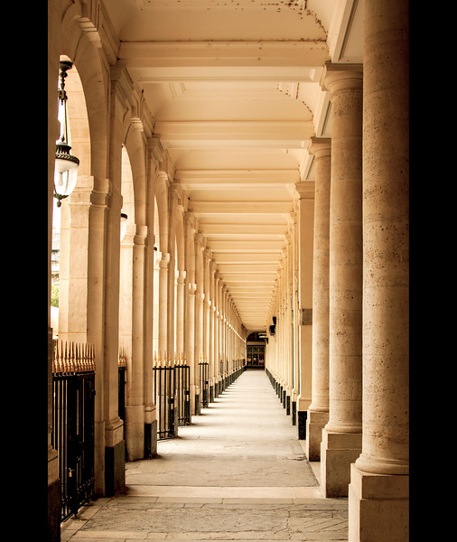 Paris-PalaisRoyal-IMG_2312.jpg