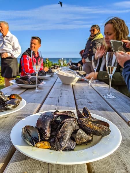stellar beach feast green thai mussels-3.jpg