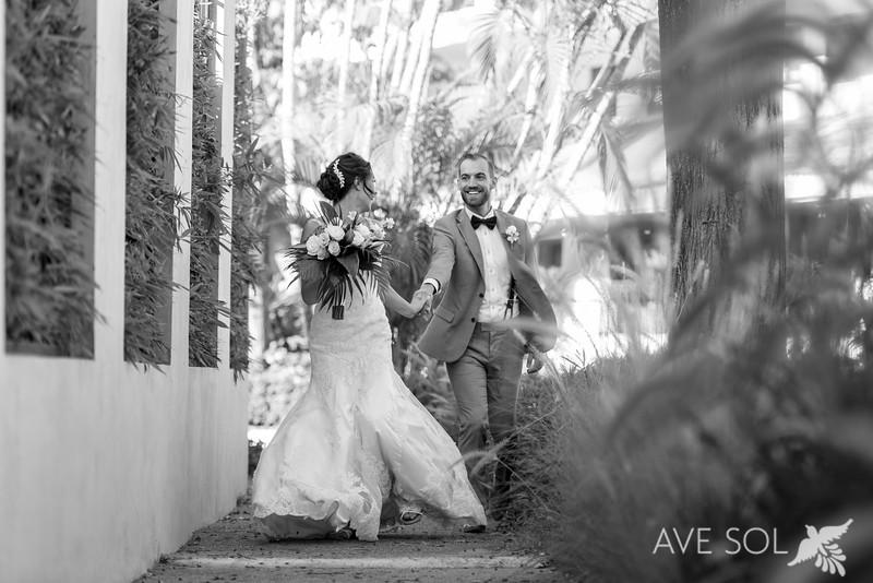 Danielle-Kirk-3-Newlyweds-41-Edit.jpg
