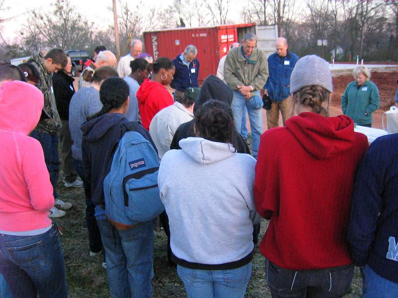 08 03-10 Millard leading prayer first day of 3-house build.lcf