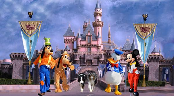 Disneyland.GaWy2_650x360.jpg