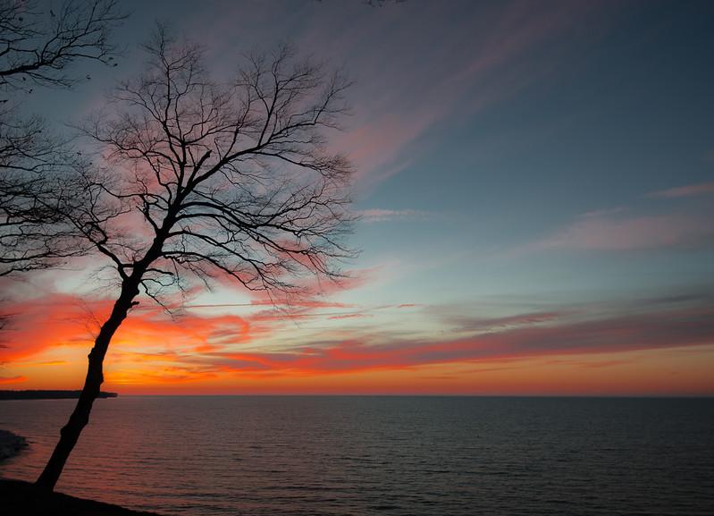 Sunsets and lightnig storms-2.jpg