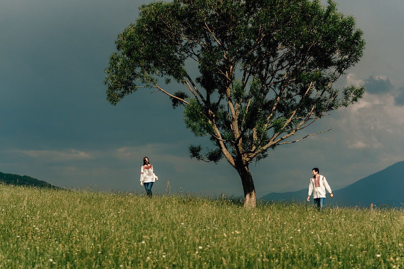 Sedinta Foto in Tara Barsei-58.jpg