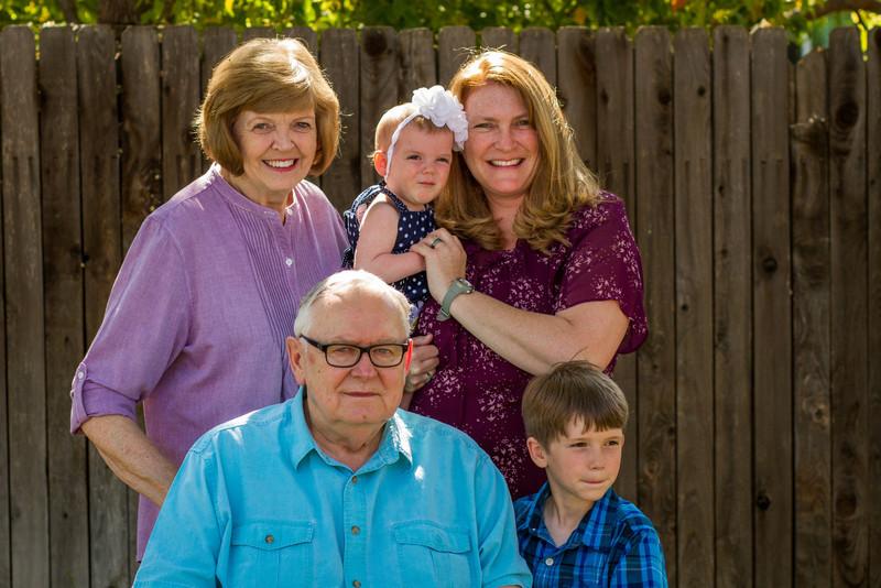 03-27 Hanson Family-142.jpg