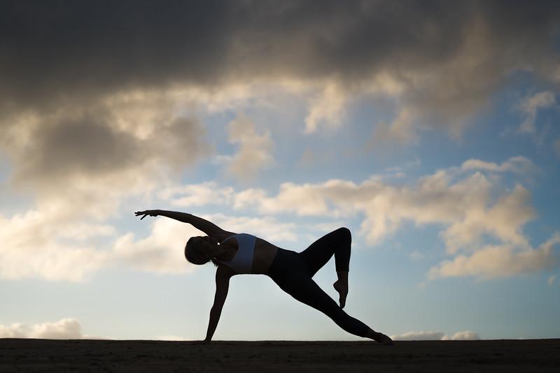 IG - Hawaii - Madeleine Russick - Yoga-674.jpg