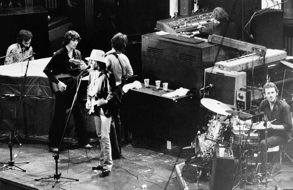 ". Singer Bob Dylan, sings with The Band during the group\'s final performance at Winterland Auditorium in San Francisco, Calif, Nov. 26, 1976. The concert was filmed by director Martin Scorsese and made into a movie called ""The Last Waltz"". (AP Photo/JS)"