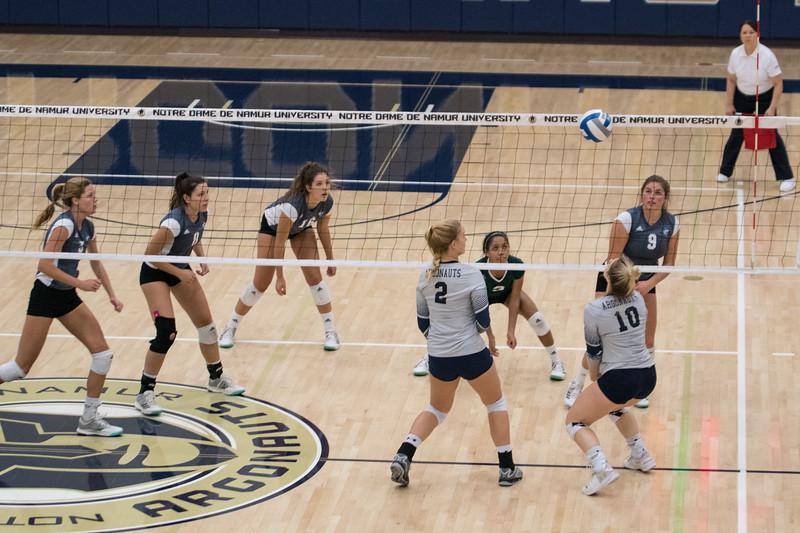 HPU Volleyball-92233.jpg
