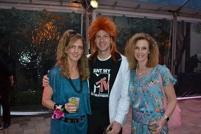 Flintridge Prep 'Pink Prom' Flashes Back to the '80s