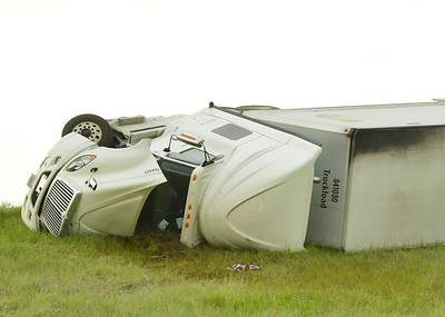 Strong Winds in Sheridan cause Havoc