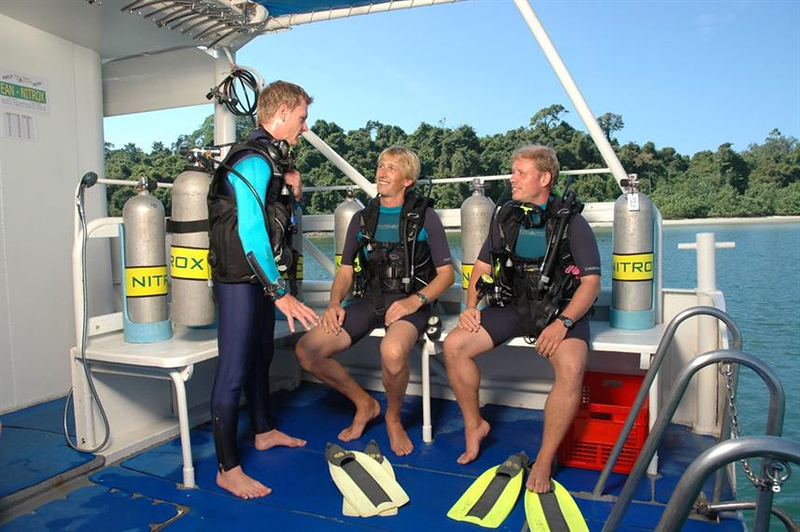 Dive Deck.jpg